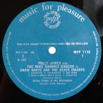 Polly James, Tony Peters And The Mike Sammes Singers* With Brian Fahey And His Orchestra - Snow White and the Seven Dwarfs (LP)